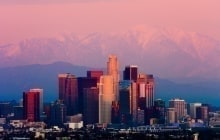 Los Angeles at sunset © Andrew Zarivny