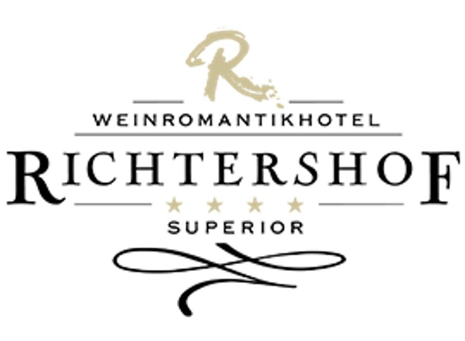 weinromantikhotel richtershof campingplatz in m lheim mosel hauptstra e 81 83. Black Bedroom Furniture Sets. Home Design Ideas