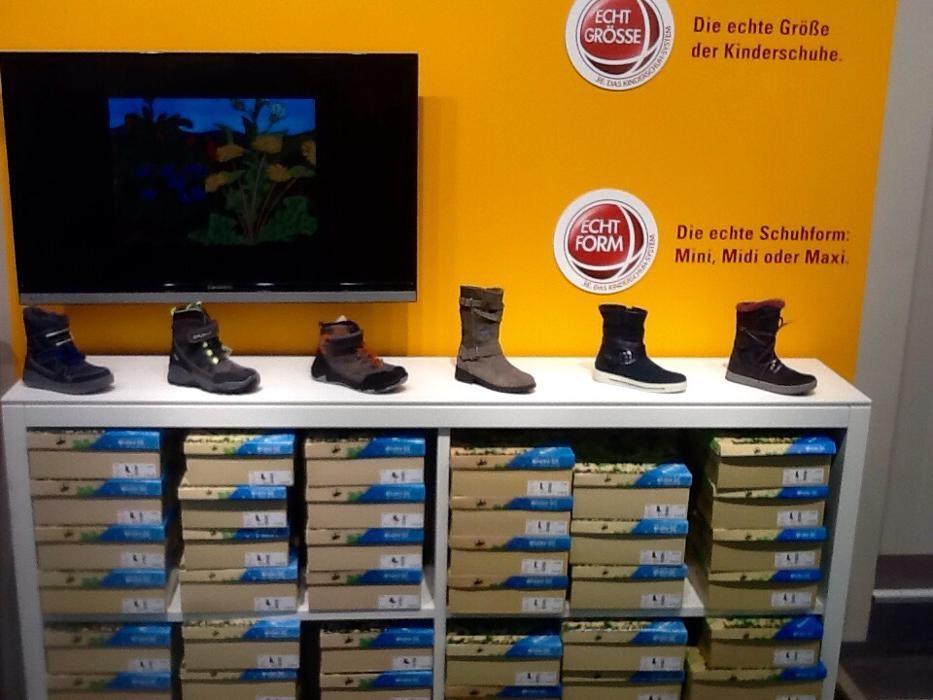 RENO Schuhe Schuhgeschäft 79576 Weil am Rhein Rathausplatz 4